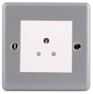 BG Electrical Metal Clad 2A Unswitched Socket MC528