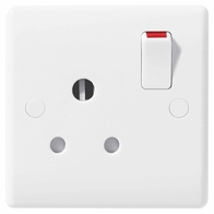 BG Electrical Nexus White Moulded 15A Round Pin Switched Socket 899