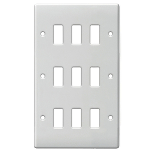 BG Electrical White Moulded 9G Grid Plate G89