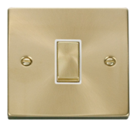 Scolmore Click Deco Satin Brass Ingot Light Switch 1 Gang 2Way VPSB411
